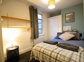 FABULOUS House in the HEART of OXFORD for up to 8 guests !!
