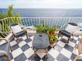 Esclusivo e di charme sul mare con cameretta, hotel in Cap d'Ail