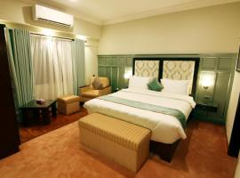 The 10 best hotels near Defence Housing Authority Golf Club