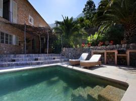Deia Villa Sleeps 8 Pool WiFi T455674