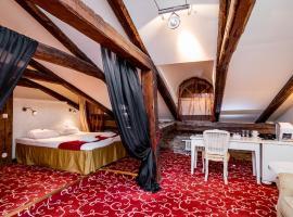 Meriton Old Town Garden Hotel, hotel near Maiden Tower, Tallinn