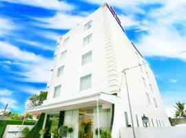 Hotel Nelly Marine