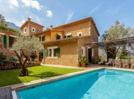 Deia Villa Sleeps 8 Pool Air Con WiFi