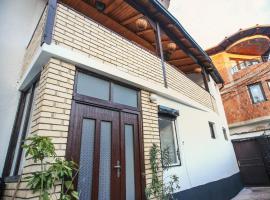 Hostel Bushati