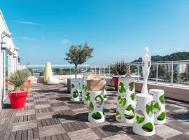 Ibis Styles Hyères Rooftop & Spa, hotel in Hyères