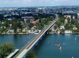APARTMENT: ZENTRUMNAH + bei UNO CITY
