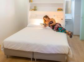 EDI Astoria, pet-friendly hotel in Santa Cruz de Tenerife