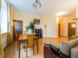 Apartment on Smolenskiy 13