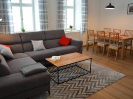 Apartmány Karina, hotel v Janských Lázních