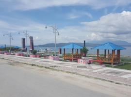 Lago Hotel and Resto