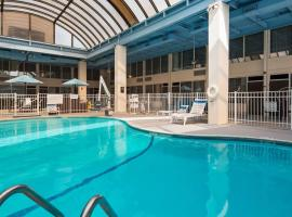 SureStay Plus Hotel by Best Western Albany Airport, hotel with pools in Albany