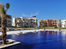 Fancy 2 Bedrooms Apartment with amazing Pool and Lagoon view