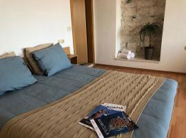 Guest House Dijana, hotel in Korčula