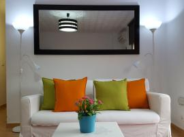 Central Apartment in Valencia with WIFI + Parking., accessible hotel in Valencia