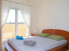 ANETO | Beautiful New Apartment