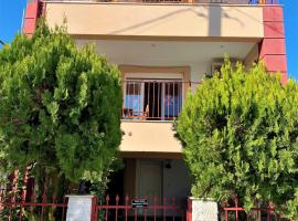 SEA SIDE HOUSE, pet-friendly hotel in Volos