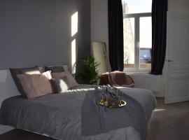 Holiday Home La Petite Maison, budget hotel in Ghent
