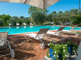Country House with swimming pool in Toscana/Umbria, hotel a Città della Pieve