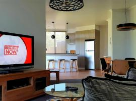 Number 9 Leisure Stay, apartment in Port Campbell