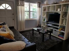 Cozy Guestroom Near MiMo