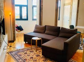 Oporto Chic&Cozy - Santo Ildefonso, self-catering accommodation in Porto