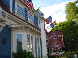 The Bradford Carver Guest House, hotel in Provincetown