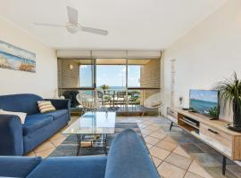 2 Bedroom Top Floor Unit - Ocean Views and Pool