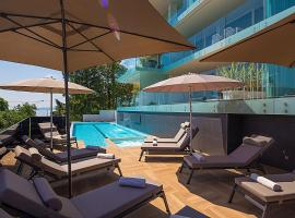 Deluxe Apartments Opatija, hotel with pools in Opatija