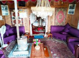 New Shamus Maqbool Group Of Houseboat