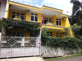 Cendana Mulia Hostel Bogor, accessible hotel in Bogor