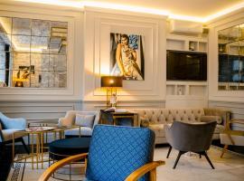 Amber Design Residence