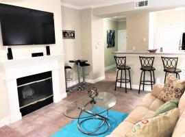 Luxe One on Peachtree-City View! Free Parking! S23