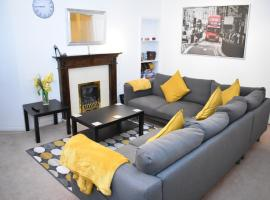 2 BR Apartment in the Heart of Edinburgh Old Town