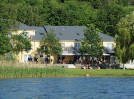Strandhaus am Inselsee, Hotel in der Nähe vom Flughafen Rostock-Laage - RLG, Güstrow