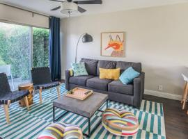 2BR Townhome near Old Town by WanderJaunt