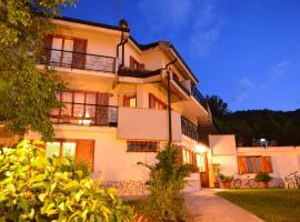 Hotel Villa Stella, hotel a Cascia