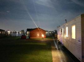 Tattersall Lakes Country Park, 3 bedroom (8 berth) on Lazy Swan close to facilities.