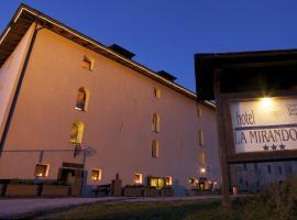 Hotel Dimora Storica La Mirandola, hotel in Passo del Tonale