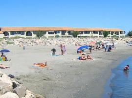 Appartement direkt am Meeresstrand, spa hotel in Saintes-Maries-de-la-Mer