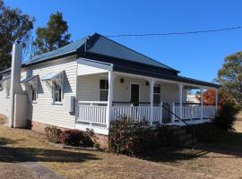 Creekview Cottage - 70 Lock Street