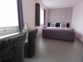 B&B Hotel Andrea, budget hotel in Schin op Geul