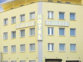 Hotel Ilbertz Garni, hotel near Cologne Chocolate Museum, Cologne