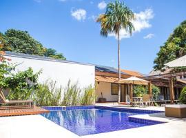 Pousada Villa Magnolia, hotel near Municipal Theatre, São João del Rei