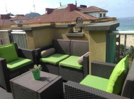 Attic+views+terrace+parking