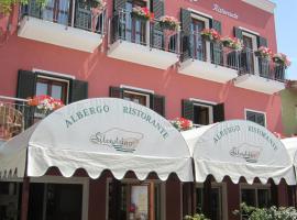 Hotel Silvestrino, hotel a Stintino