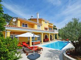 Holiday Home Villa Olea, hotel with pools in Opatija
