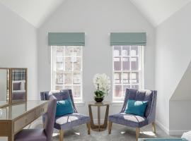 Destiny Scotland - Royal Mile Residence, self catering accommodation in Edinburgh