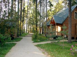 Lada Holiday Cottages, beach hotel in Lopotovo