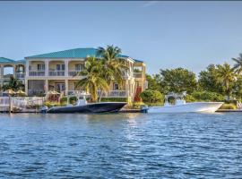Grand Marina Suite