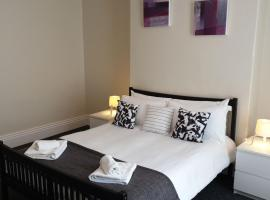 South Shield's Hidden Gem Amethyst 3 Bedroom House Sleeps 6 Guests